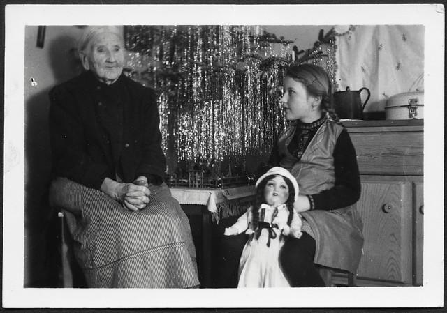 Archiv H052 Weihnachten bei der Großmutter, 1950er