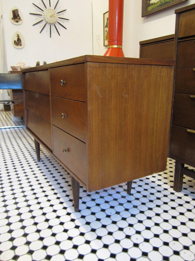 Vintage Mid Century Harmony House 6 Drawer Dresser/Credenz ...