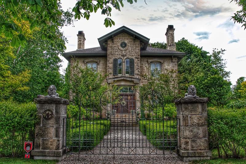Elora Ontario ~ Canada ~ Rosemount Cottage ~ Historical Building