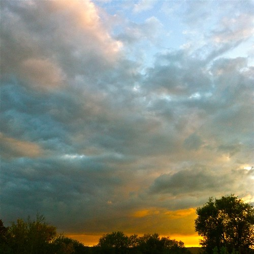 trees sunset wallpaper sky apple clouds square evening retina ipad alexhopkins 2048x2048