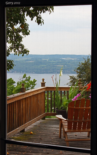 inn winery deck screendoor senecalake chateaulafayettereneauinn