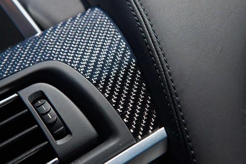 2013_BMW_M6_Coupe...27 Photo