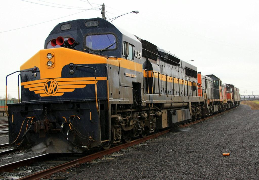 C501 T386 T342 GM36 by Eddie White