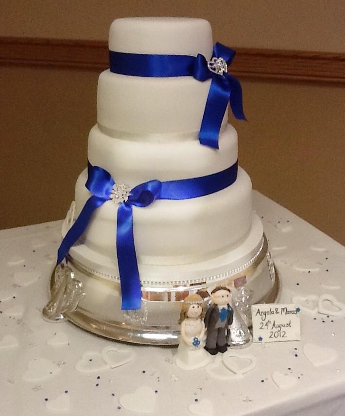 Royal Blue White Wedding Cake Royal Blue White Wedding Flickr