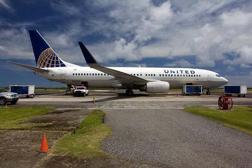 island pacific aircraft united jet boeing ual ua unitedairlines micronesia b737 737800 boeing737 ksr b737800 738 kosrae b738 federatedstatesofmicronesia islandhopper n25201 boeing738 federatedstates