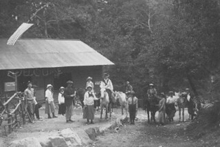 An Astronomy Department field trip in 1915