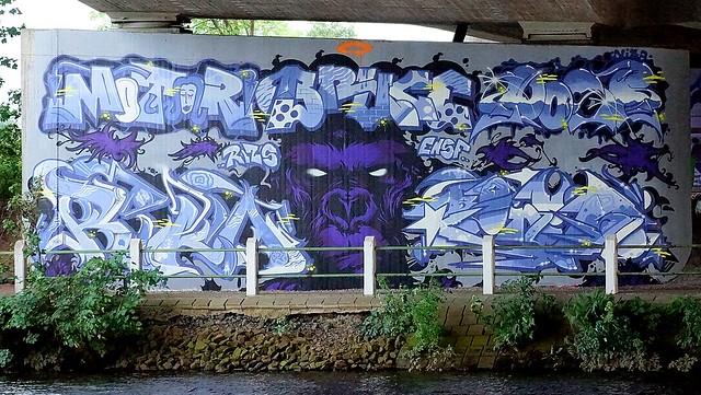 OLDENBURG - BRIDGE GALLERY / bridges near the city center - Brücken in Innenstadtnähe / Graffiti, street art - 55th picture