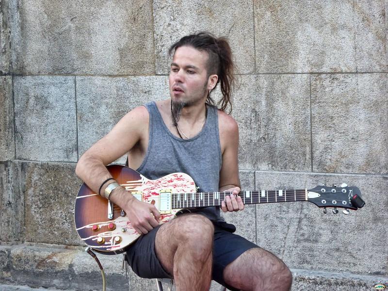 Guitarrista callejero