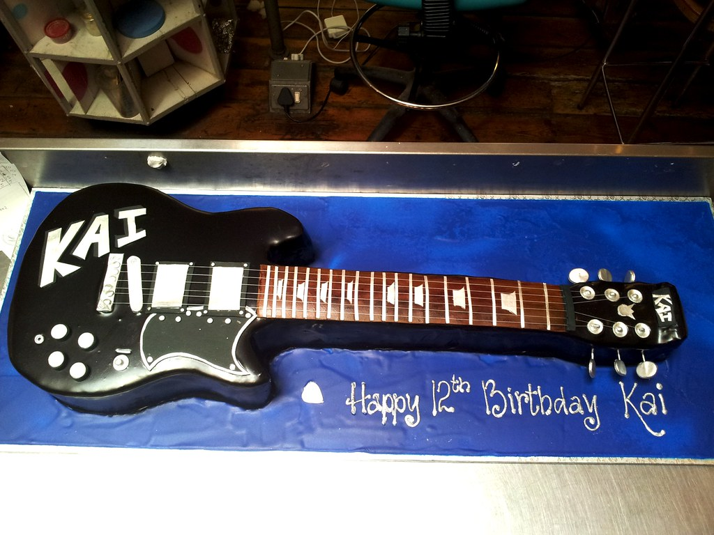 Fabulous 3D Electric Guitar Shaped Cake With Personalised Decor Ice Flickr Funny Birthday Cards Online Barepcheapnameinfo