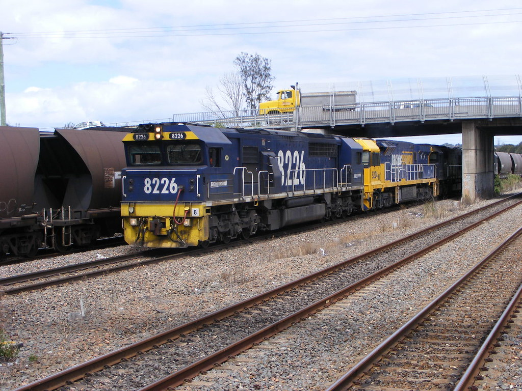 Pacific National 8226, 9204, 8237 and 8254 Sandgate 18.02.10 by Andy Cole
