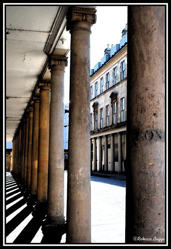 street greatbritain inglaterra england bath britain pillar gata angleterre column rue ionic colonne colonna inghilterra columna grossbritanien säule jónico ionische ionico pelare jonisk storbritannien ionique kolonn