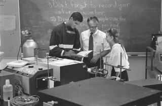 Chemistry Professor Alvin Beilby with students in Seaver North in 1993