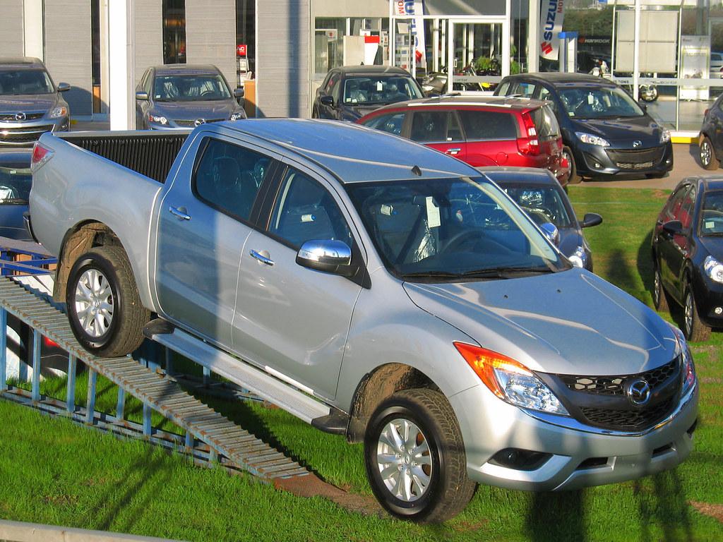 Kelebihan Kekurangan Mazda 4X4 Spesifikasi