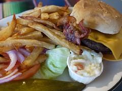 日, 2012-09-16 17:44 - Bacon Cheeseburger