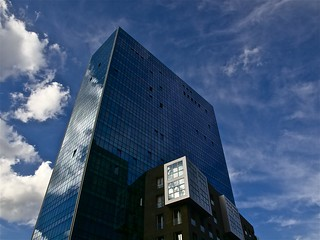 AZUL CRISTAL / BLUE CRYSTAL                    - ISOZAKI TOWERS - BILBAO | by Dragongris