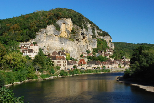 La Roque Gageac le long de la Dordogne | by Flikkersteph -5,000,000 views ,thank you!