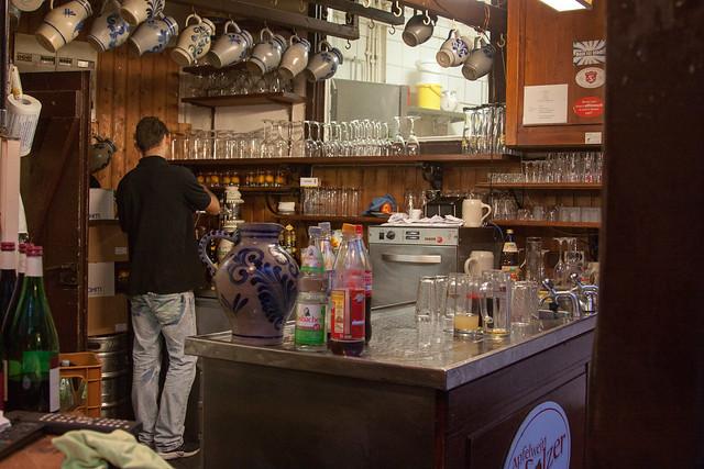 Service bar at Solzer