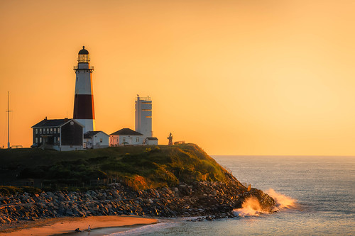 lighthouse campherostatepark ocean surf sunrise montaukpointlight montauk shoreline newyork coast montaukpointlighthouse longisland montauklight cliffs