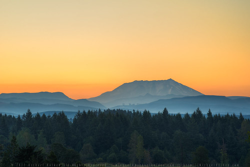 summer nature sunrise landscape volcano washington cascades pacificnorthwest mtsthelens mountsainthelens