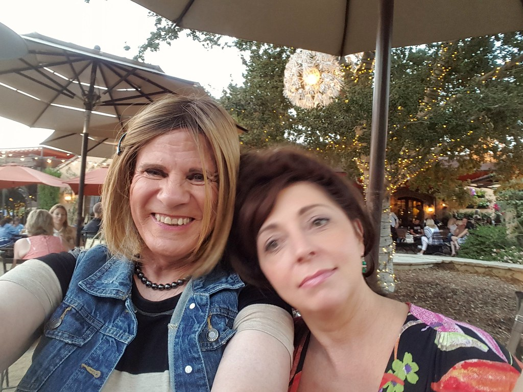 My Gf Com out with my gf donna | i was able to meet donna again for dr