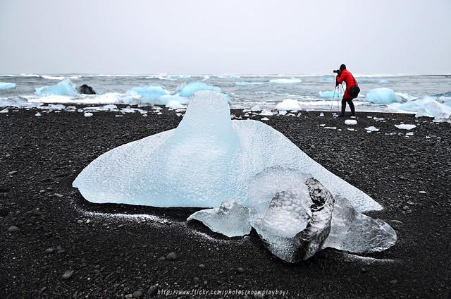 Beached Ice - Jökulsárlón, Iceland