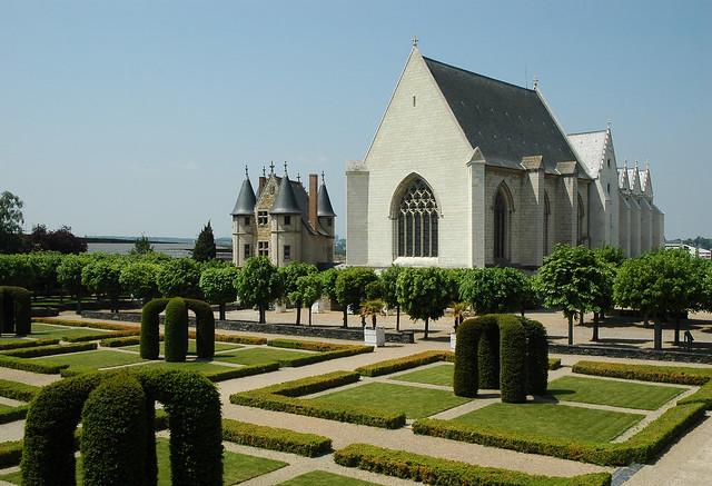 2012.05.24.020 ANGERS - Le château - Le chatelet, la chapelle et le logis royal