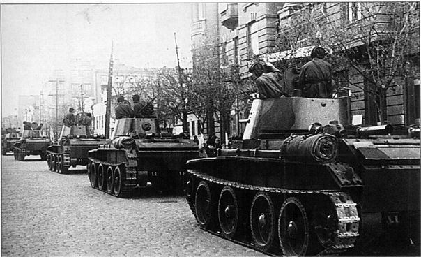 Tanks BT-7 Soviet 24th lightalloy brigade enter the city of Lviv