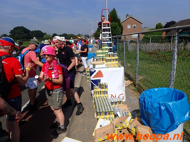 2016-07-21   3e  dag Nijmegen   40 Km  (78)