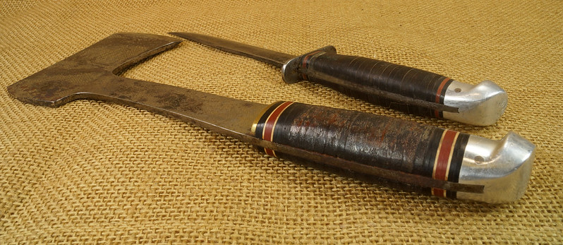 RD14019 Vintage Western Knife & Hatchet Combo Boulder, Colo. DSC05373