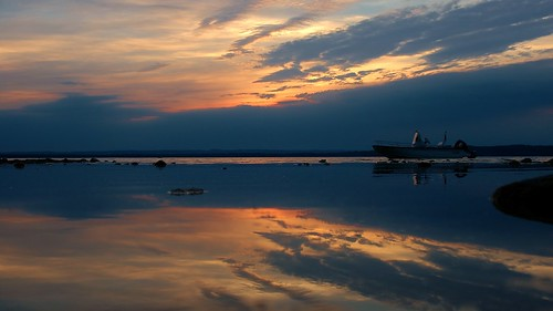 sunset reflection mi boat nikon d70 nikond70 michigan acme pure
