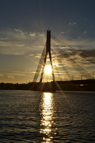 riga sunset atardecer puente bridge vanšu river daugava nikond3100 serene outdoor sky sonnenuntergang crépuscule