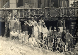 The Phi Kappa Alpha fraternity in 1927 in Big Bear