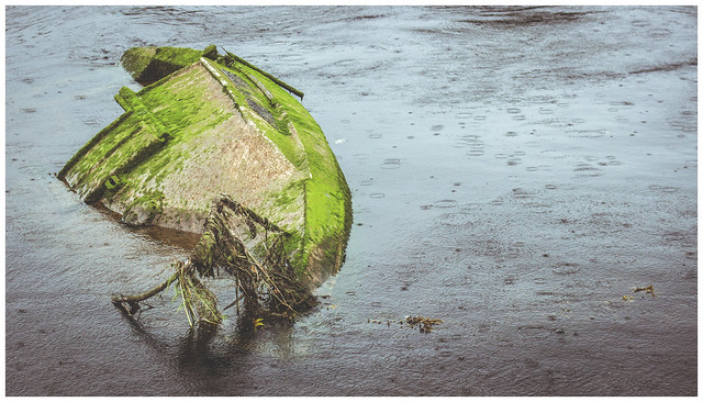 Wreck in the River Leven, Dumbarton