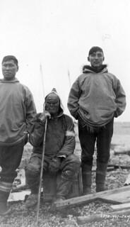 Ike Bolt, oldest hunter and resident of Forsyth Bay, Northwest Territories [now Nunavut] / Ike Bolt, chasseur le plus âgé et résident le plus ancien de la Baie de Forsyth (Territoires du Nord-Ouest) [maintenant Nunavut]
