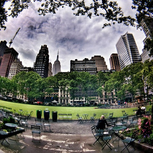 Waiting  #Newyork #Nyc #newyorkcity #manhattan #city #life #Day #colorful #Travel #travelgram #trip #garden #green #sky #clouds #cloudporn #rain #rainyday #Photo #Photography #skyline #fisheye #iloveny #ilovenyc #newyorkphoto #instacool #instanewyork #myn | by Mario De Carli