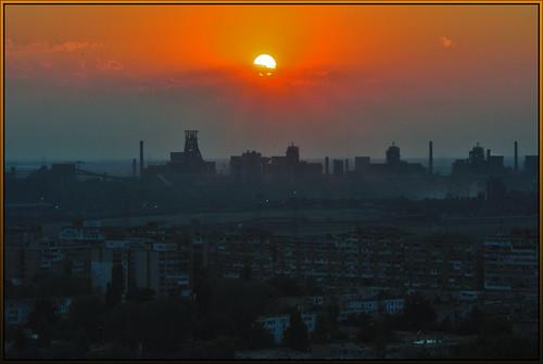 sunset steel romania usine coucherdesoleil roumanie apusdesoare combinat arcelormittal uzină galați