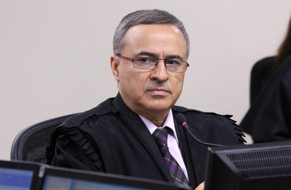 Resultado de imagem para juiz Nivaldo Brunoni