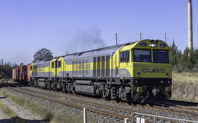 QUBE Locomotives QBX001 and QBX003 on the DOWN through Malden NSW