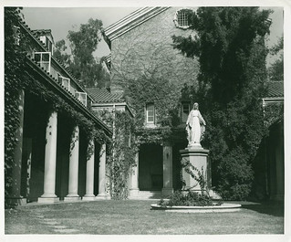 "Lebus Court with a new statue during the filming of ""Trouble Along the Way"" with John Wayne and Donna Reed (1952)"