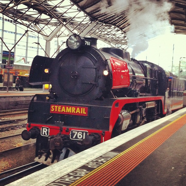 R761 at Southern Cross by LC501