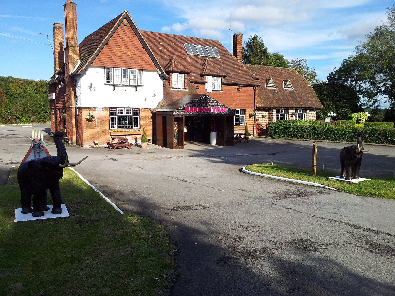 Indian Restaurant Henley to Pangbourne