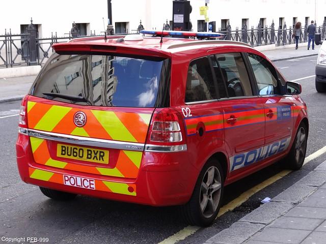 Metropolitan Police Vauxhall Zafira Diplomatic Protection Group Patrol Car