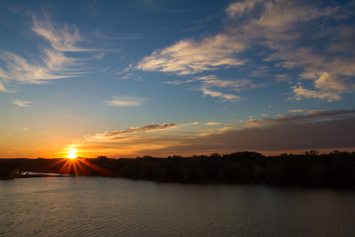 fall sunrise illinois unitedstates ottawa illinoisriver buffalorockstatepark