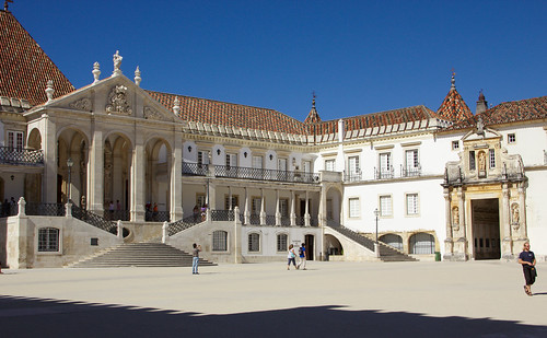 Courtyard of the University of Coimbra | by Debarshi Ray