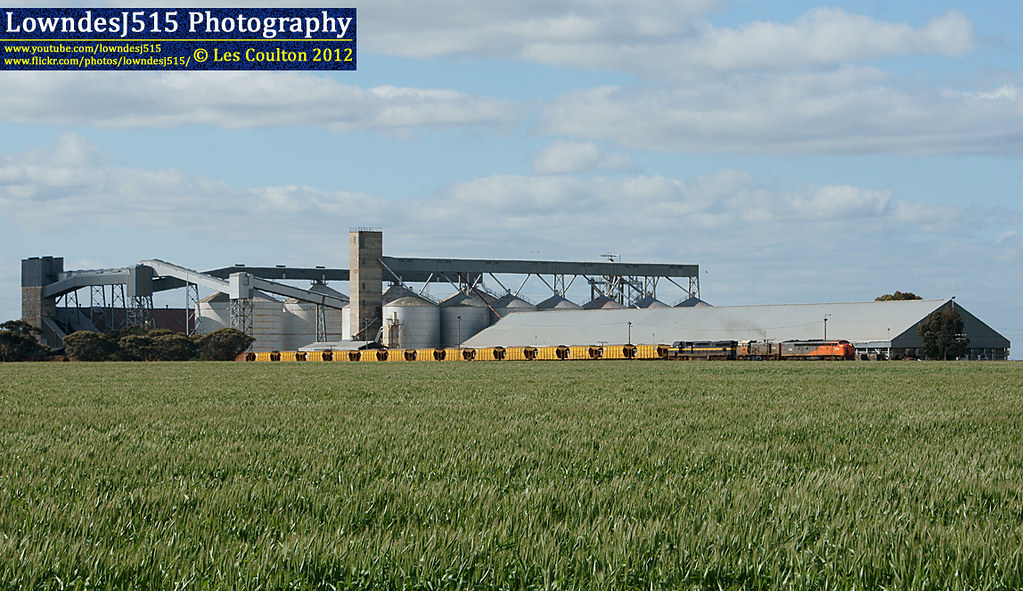 S302, T386 & C501 at Murtoa by LowndesJ515