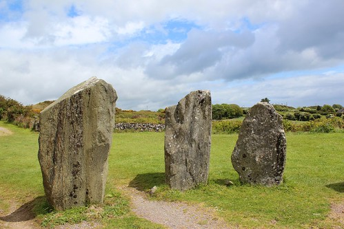 ireland spring standingstones ruins afternoon may fields prehistoric megaliths countycork munster stonecircles westcork drombegstonecircle recumbentstonecircles sunandcloud