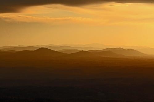 sunset night canon northcarolina 300mm pilotmountain appalachianmountains mikekline michaelkline notkalvin notkalvinphotography