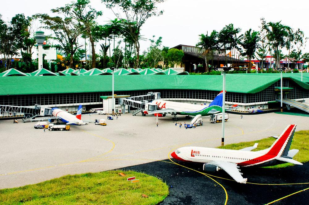 Legoland Malaysia Airport Runway   More at: cherri-baby ...