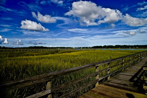 marsh grass seagrass cordgrass clouds cloud sky bluesky pier dock beaufort beaufortcounty lowcountry southcarolina south sc nikon nikon2485 nikond610 august summer 2016 batterycreek harborriver