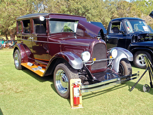 carshow car automobile willysoverland 1928 sedan customizedcar fireextinguisher lecanto florida